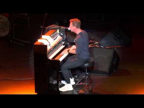 """Viva La Vida"" (Live) - Chris Martin - Oakland, Fox Theater - April 30, 2016"