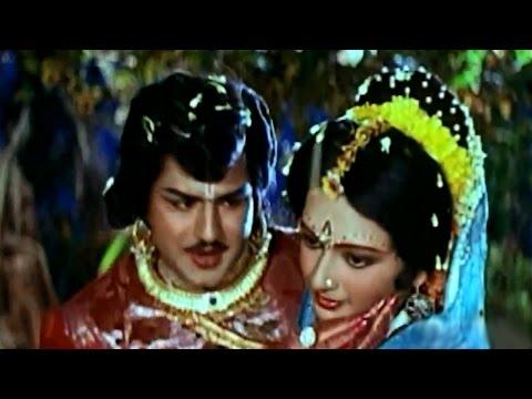 Brahmarshi Viswamitra Movie || Priya Cheliya Video Song || NTR, Balakrishna