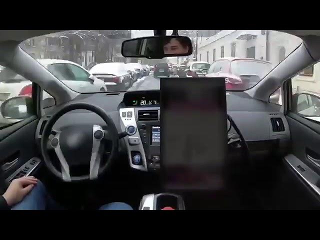 El automóvil que conduce solo por Rusia