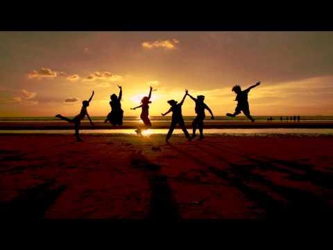 Клип Amaze - Luke Bond feat. Emel