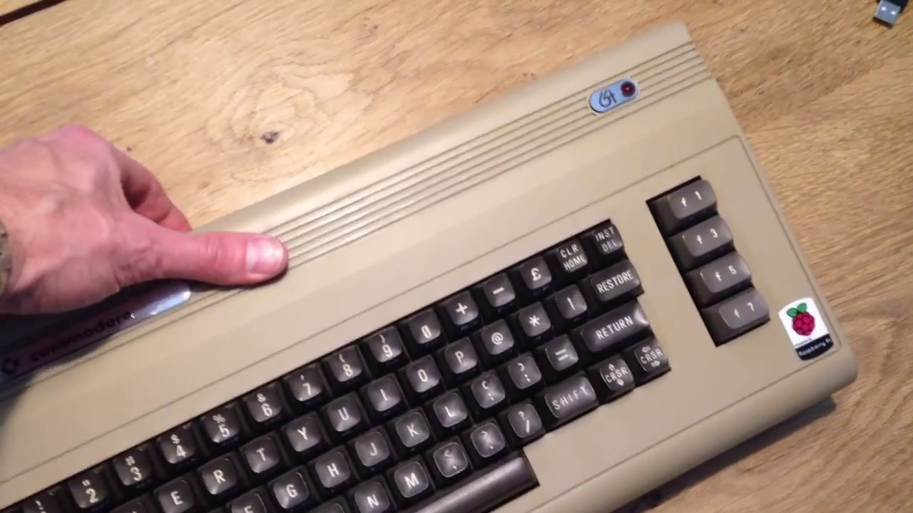 Commodore 64 Raspberry Pi + Retropie by Olive Numérique