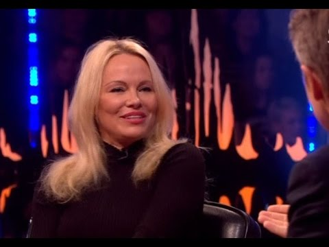 Pamela Anderson talks about her love for Julian Assange