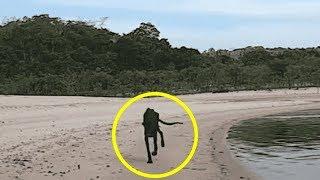 Проплывая мимо необитаемого острова, он увидел умирающую собаку. Решив ее спасти, его ждал сюрприз