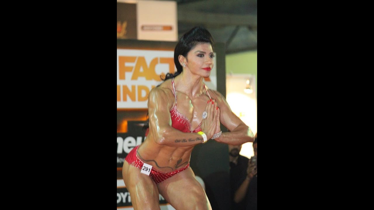 Yashmeen Manak's Scintillating Finale T-Walk at Fit Factor