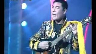 Shinjangiin Mongol zaluu duuchin Khomba.