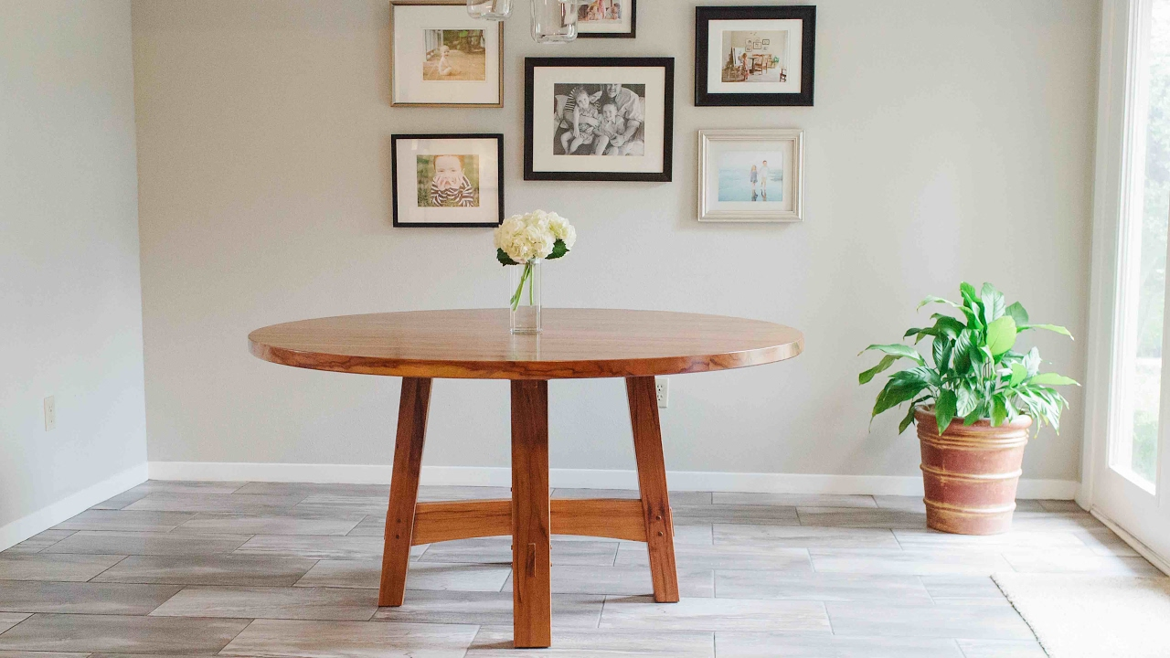 Building a round dining room table in texas pecan youtube for Dining room tables you tube