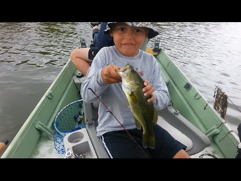 Bass fishing parker canyon lake in arizona youtube for Fishing lakes in arizona