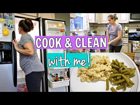 COOK and CLEAN WITH ME! // FALL 2018 // STAY AT HOME MOM LIFE