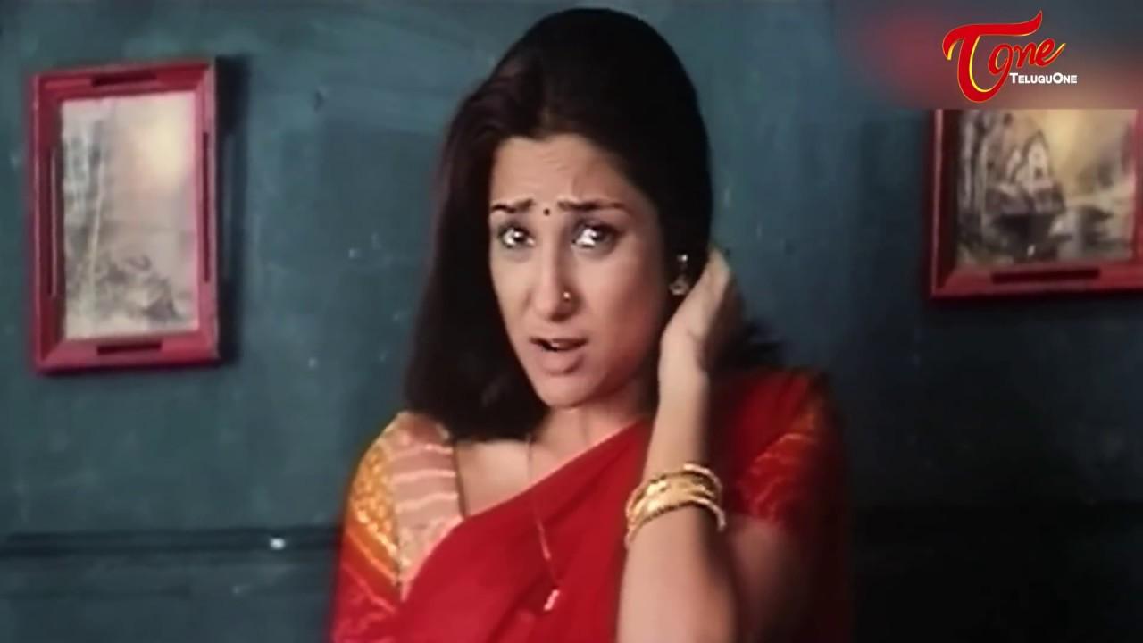 Priyanka Romantic Lip Lock  Best Romantic Scene Of -5809