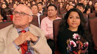 Khán giả Tây Cũng Cười Bể Bụng khi xem Tiểu Phẩm Hài Kịch Việt Nam Mới Nhất Này