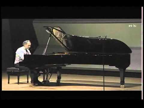 Abdel Rahman El bacha plays Stravinsky