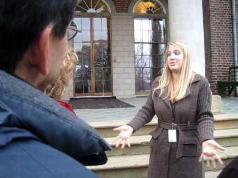 Monticello tour guide