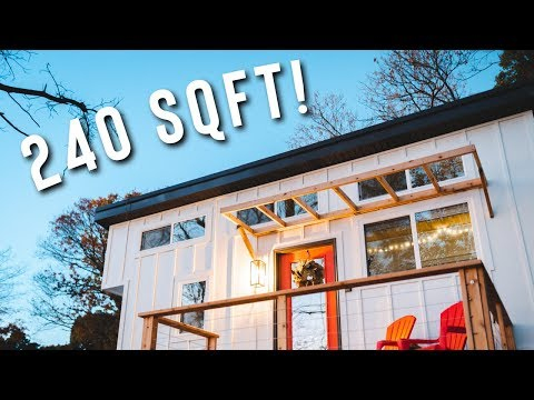 cozy-240-sqft-tiny-house-with-a-view!-|-minimalist-living-full-airnb-tour!