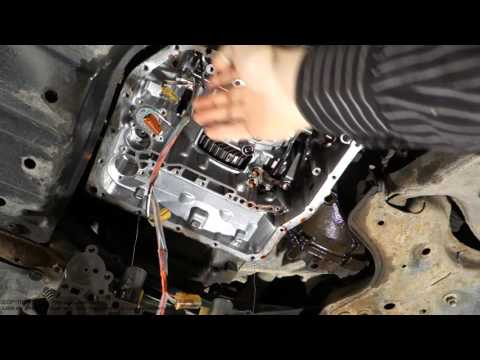 Intresting Toyota automatic transmission U241E inside look