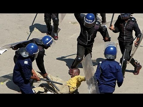 Zimbabwe police break up anti-government protest