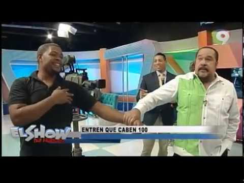 En El Show de Mediodía imitan el carro que tenía unos 16 haitian0s indocumentados