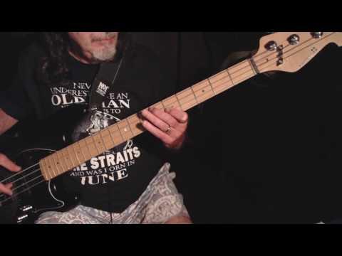 Amie.... Pure Prairie League live 77' ...bass cover