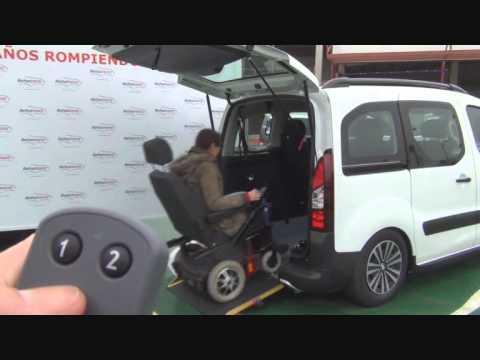 Peugeot partner automatizada para acceso en silla de for Sillas para discapacitados