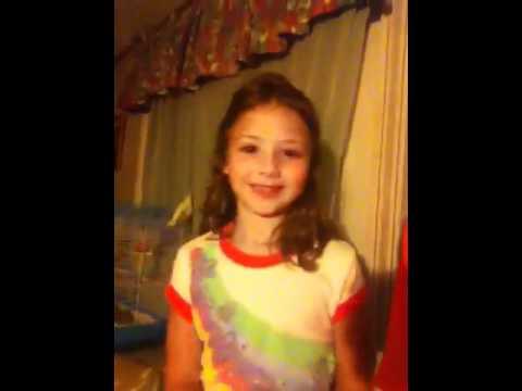 Sitting on toilet Remix white girl - YouTube