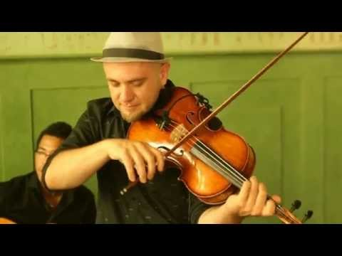 Sebastian Peszko & The Swingstaz - Detective Bach