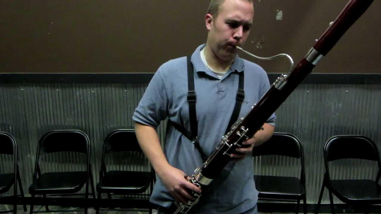 Fox Model I bassoon demonstration MOV