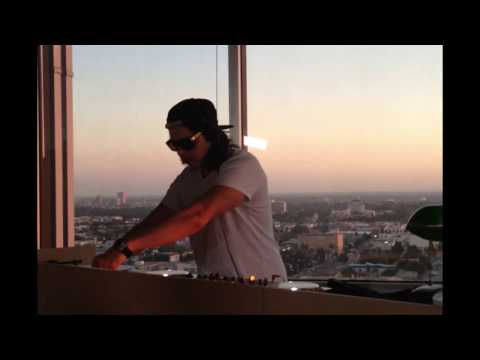 Beautiful sunset and classic house music in Los Angeles!
