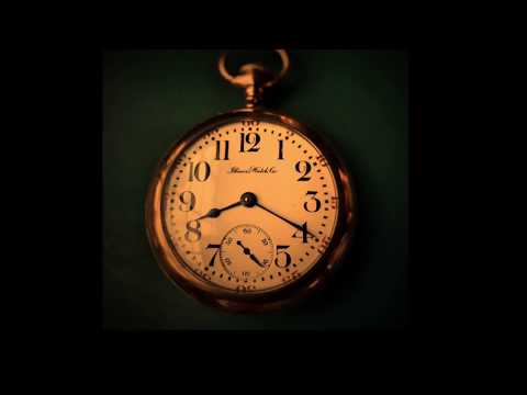 Illinois Pocket Watch (Antique/Vintage 1920's) - Opening Case Back to View Automatic Movement