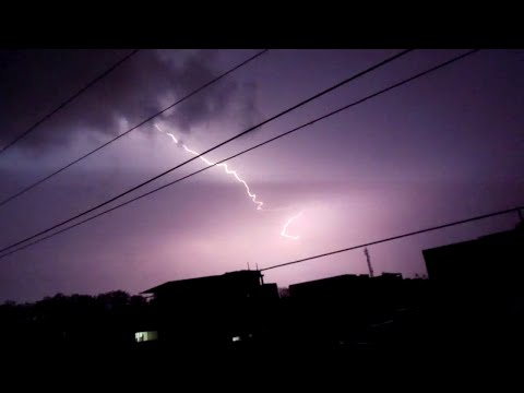 Extreme Weather: Amazing thunder and lightning strike in indore, India