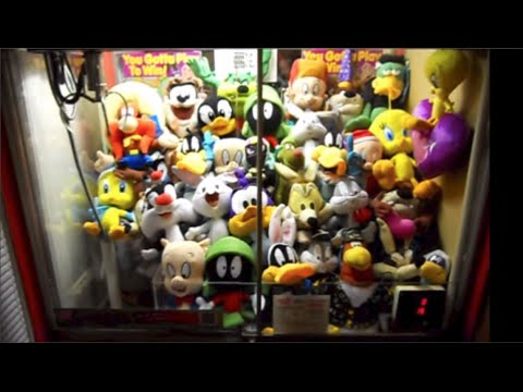 Cleaning Out My Looney Tune Claw Machine!