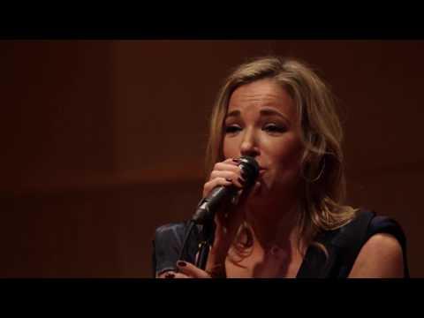 Pascale B / Concert Jeunesses Musicales (accompagnée De Benoît Sarrasin)