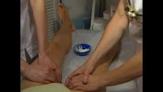 Repeat youtube video Программа ухода за кожей тела. Массаж тела в 4 руки