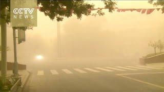 بالفيديو..عاصفة رملية تضرب الصين