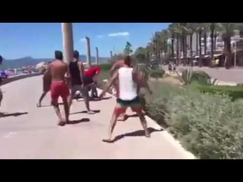 Deutsche Urlauber schlagen sich auf Mallorca