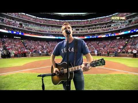 2011/10/15 Erwin sings national anthem