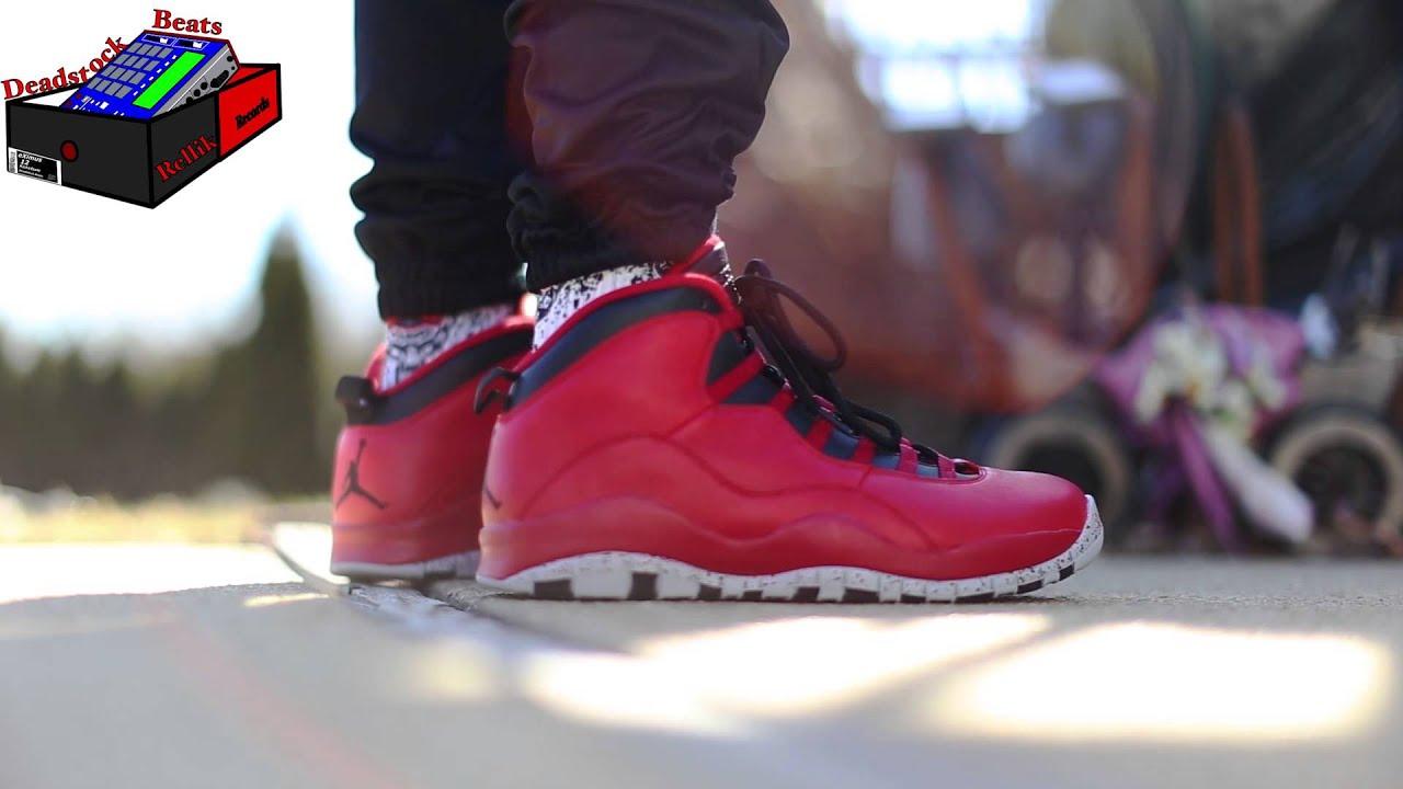 Air Jordan X Taureaux Sur Broadway Sur Les Pieds