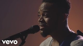 travis-greene---be-still-live