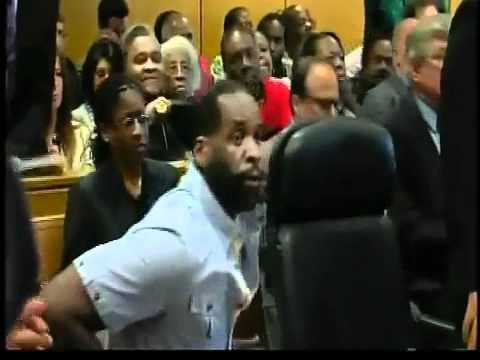 A slim Kwame Kilpatrick enters courtroom for hearing