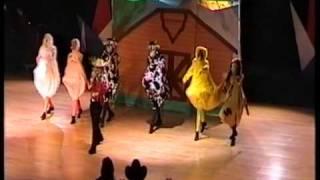 2004 LIJNDANSEN 22 TOT 24 OCTOBER Nederlandse kampioenschappen lijndansen deel 4.mpg