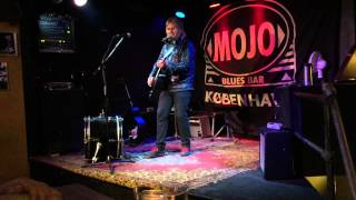 Mike Peters - Sixty Eight Guns (150520, Köpenhamn)