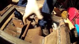 Картофелекопалка, передняя установка на мотоблок Нева или похожего типа мотоблоков. Часть 1.(На дворе глубокая осень, нет ничего лучше чем заниматься конструированием в гараже) Видео снято без подгот..., 2015-11-14T17:03:43.000Z)