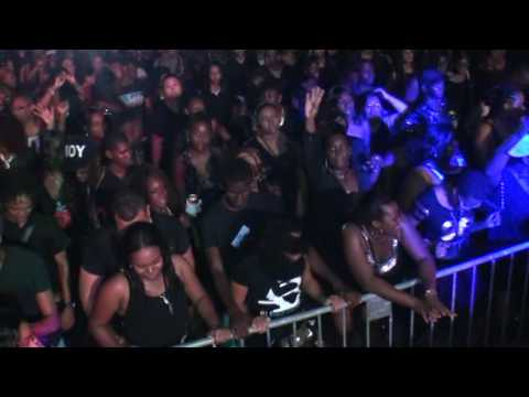 kankantie live dec 2014  Su All Black XXL Flamboyant en Para