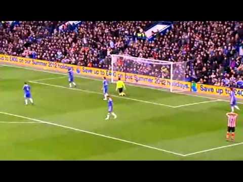 Sunderland's Stéphane Sessègnon vs Chelsea.