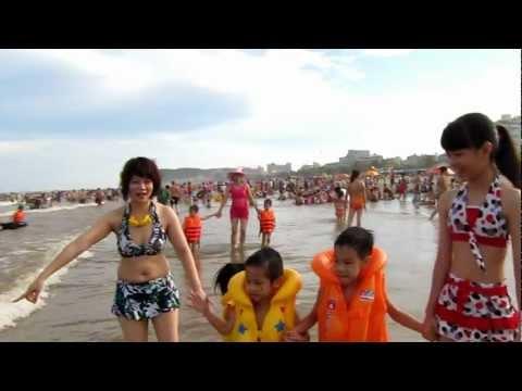 Chơi tại bãi biển Sầm Sơn (9/6/2012)