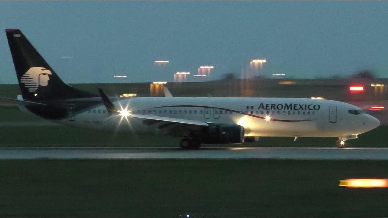 Inaugural Flight Aeroméxico 737 852 Xa Amu Landing At Calgary
