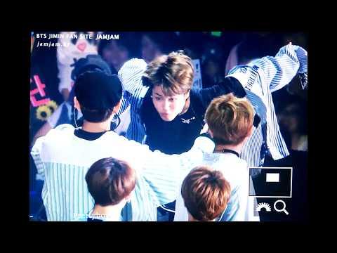 Taehyung Hugging Jimin | VMIN Moments ❤