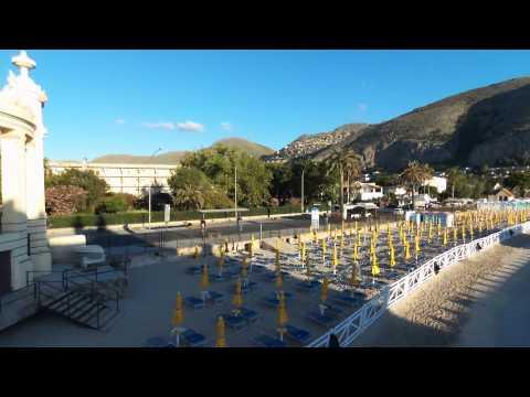 Lungomare Mondello (Palermo) Spiaggia, Piazza, Charleston - Riprese aeree drone