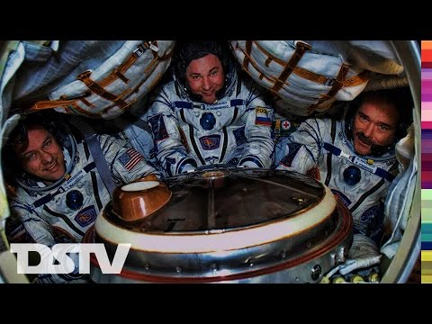 INSIDE THE RUSSIAN SOYUZ SPACECAPSULE DURING LAUNCH