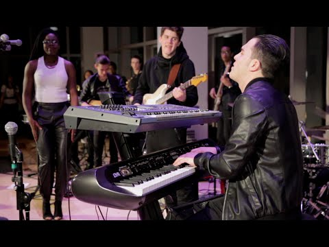 Superstition [Stevie Wonder] - NikKollective LIVE @ The Berklee Caf