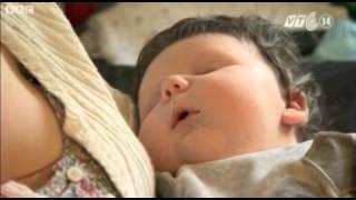 VTC14_Anh: Bé trai sơ sinh đẻ thường nặng 7 kg