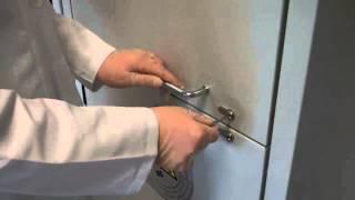 Safety storage cabinet for acid/alkali - Cylinder lock